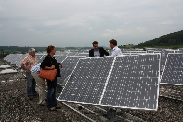 03_solardachanlage_auf_dem_theresien_gymnasium_in_ansbach_04-jpg
